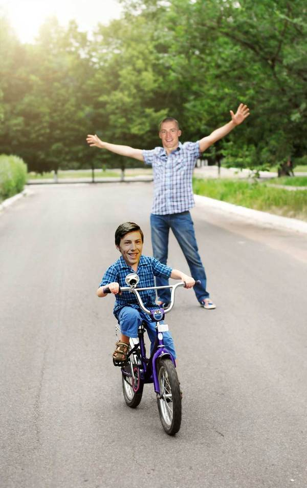 ferrence-teaches-lil-nuge-to-ride-a-bike
