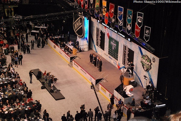 1024px-Nugent-Hopkins_2011_NHL_entry_draft