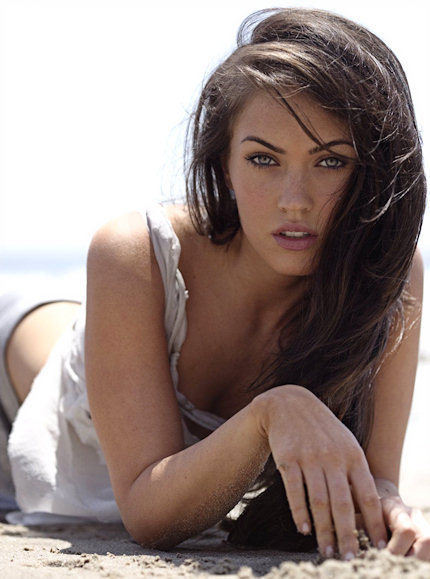 megan-fox-sexy-eyes-and-face-01