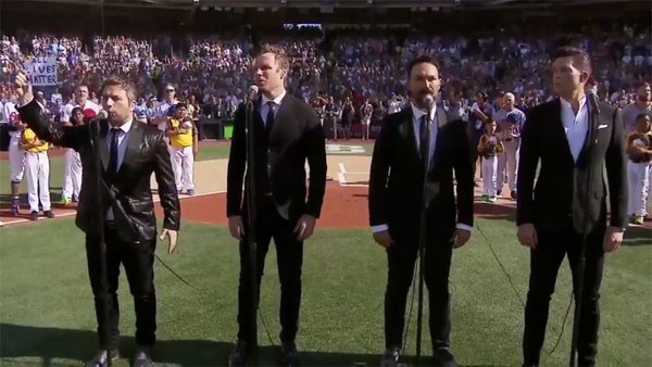 Canadian anthem singers add All Lives Matter to O Canada ...