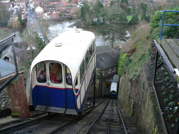 BridgnorthCliffRailway-looking-down